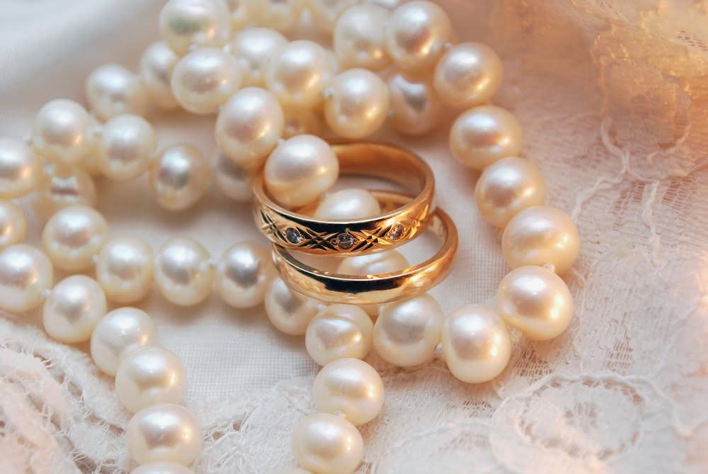 Поздравление с днем свадьбы жемчужиной